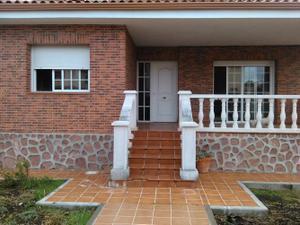 Alquiler Vivienda Casa-Chalet serracines.