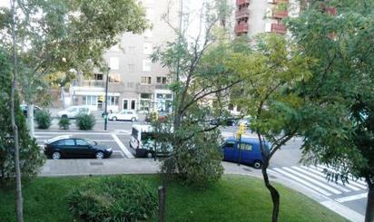 Pisos en venta con terraza en Parque Delicias, Zaragoza
