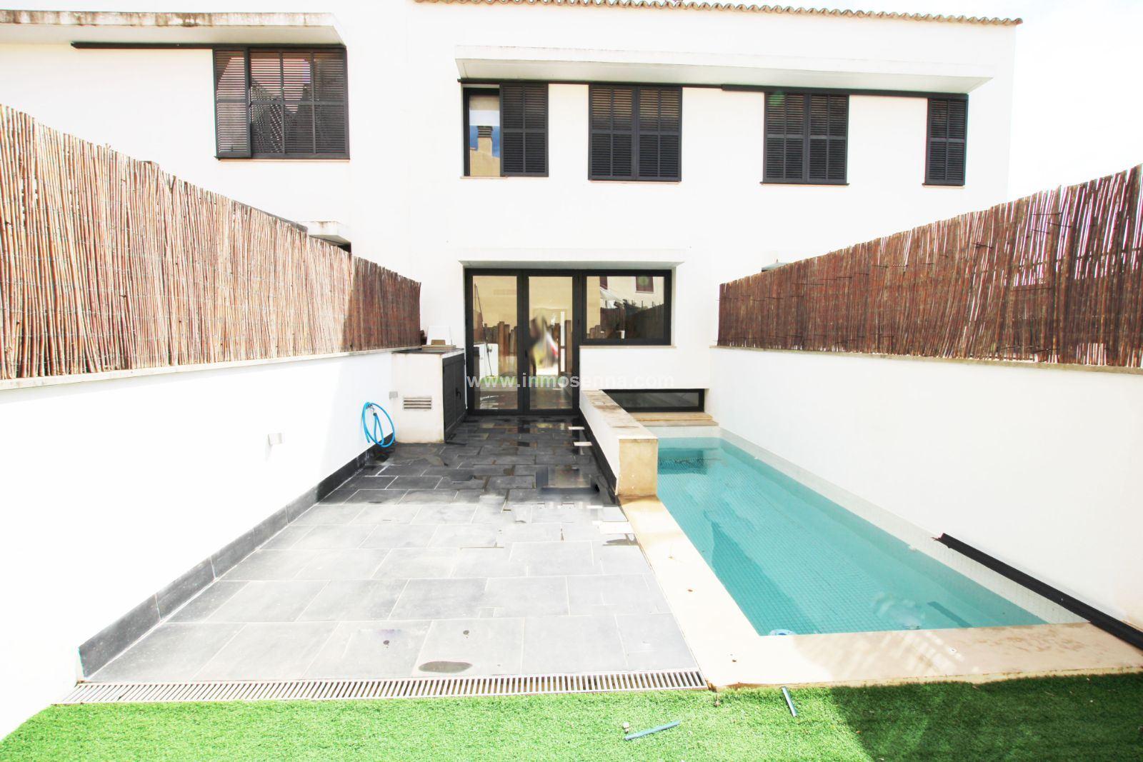 Maison  Marratxi - pont d´inca. Fantástico adosado con terraza y piscina privada
