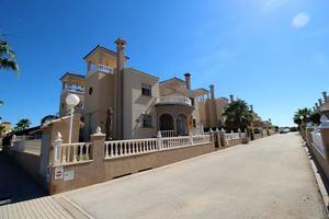 Casa adosada en Venta en Lespart / Guardamar - Moncayo - El Raso