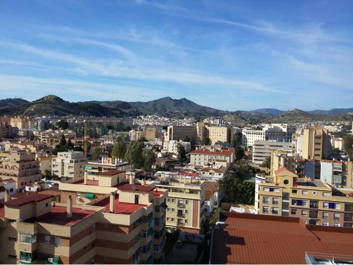 Foto 1 de Piso en La Barriguilla- Carlos Haya / La Barriguilla, Málaga Capital