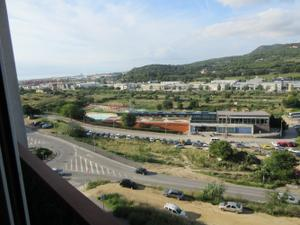 Piso en Alquiler en Bellavista / Cerdanyola