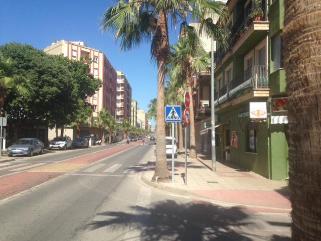 Locale commerciale  Avenida reis catolics