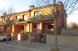 Alquiler Vivienda Casa adosada palol d'onyar - quart