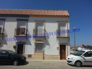 Casa adosada en Venta en Ana Caro / Cantillana