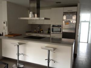 Alquiler Vivienda Piso centre pis independent amb jardi