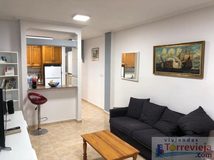 Foto 3 de Apartamento de alquiler vacacional en Parque de las Naciones, Alicante