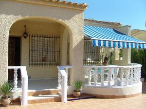Chalet en Venta en Almoradí, Zona de - Daya Vieja / Formentera del Segura