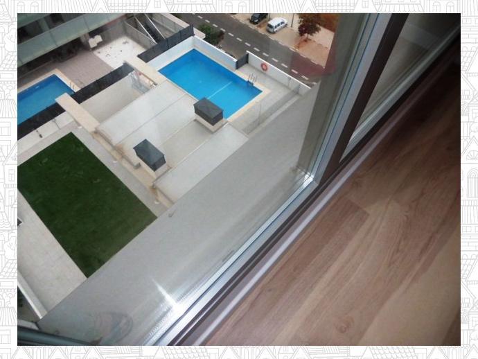 Foto 1 de Piso en La Torre. O. N. 100% Financiado. 3 Dorm. + Ga+ Tras+Piscina / Faitanar,  Valencia Capital