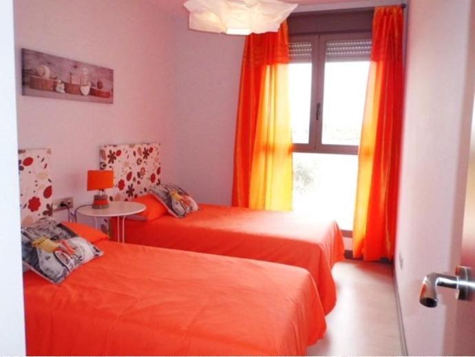 Foto 22 de Piso en La Torre 100% Financiado. 3 Dorm. + Ga+Trs+Piscina / Faitanar,  Valencia Capital