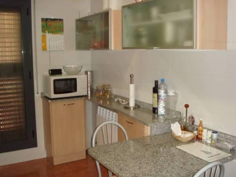 Piso  Alcarràs, zona de - alcarràs. Apartamento planta baja ideal inversores