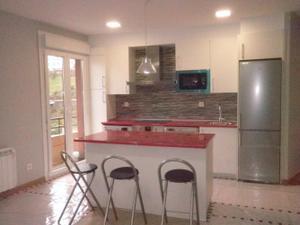 Alquiler Vivienda Piso impecable piso completamente reformado  de 2 dormitorios, cocina americana con sala-comedor y cuarto