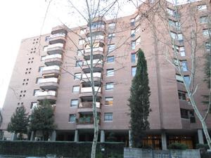 Piso en Alquiler en Madrid Capital / Fuencarral