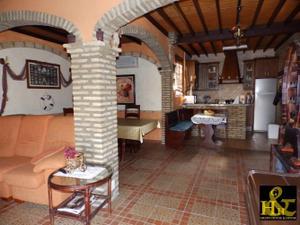 Casa-Chalet en Venta en Munive / Centro - Cabildo