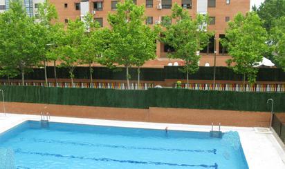 Viviendas en venta con piscina en Madrid Provincia