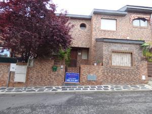 Casa adosada en Venta en Alabastro / El Guijo - Colonia España