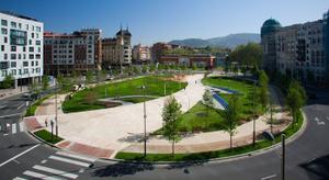 Piso en Alquiler en Plaza Euskadi, Abandoibarra / Abando