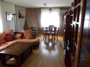 Alquiler Vivienda Casa-Chalet alovera-chiloeches, zona de - villanueva de la torre