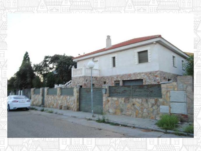 Chalet en el casar en urbanizaci n lago jaral 144202305 fotocasa - Urbanizacion las colinas el casar ...