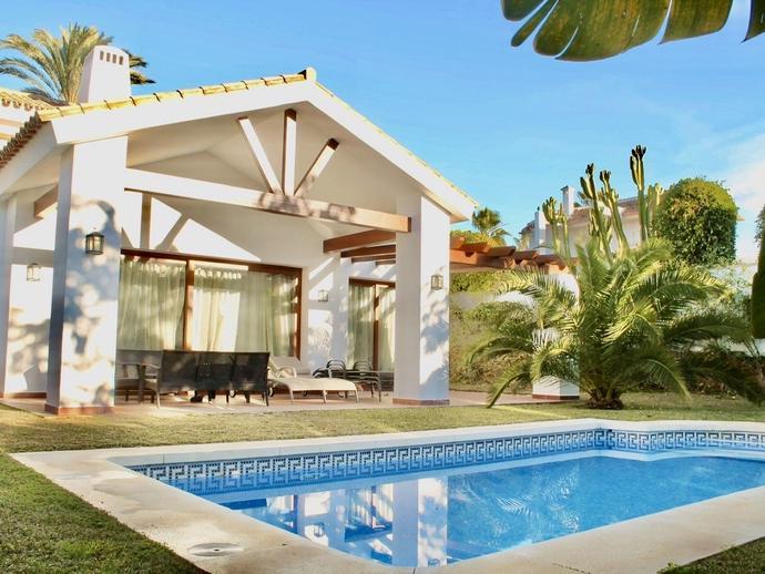 Foto 1 de Casa o chalet de alquiler vacacional en Cabo Pino - Reserva de Marbella, Málaga