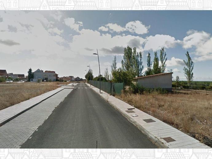 Foto 11 de Terreno Residencial en Calle Malvasía / Benavente
