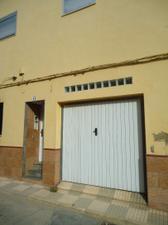 Casa adosada en Venta en Guadassuar- Casa de Pueblo en Buen Estado Para Vivir. / Guadassuar