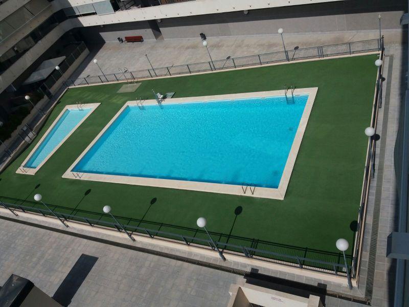Pis  Elche ,universidad - ciudad deportiva. Atico con supervistas hasta el mar y con garaje, piscina , padel