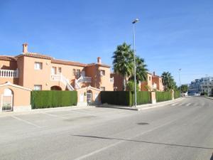 Apartamento en Venta en Avenida Matisse, 73 / Oliva Nova