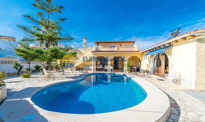 Casas en venta con calefacción en Alicante Provincia