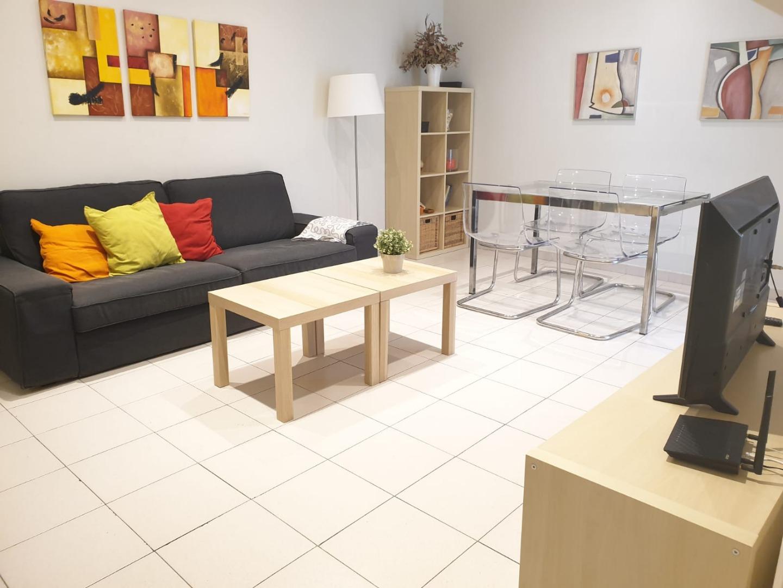 Alquiler de Temporada Piso  Calle cartagena. 1250€ con suministros e internet - piso de temporada de 80 m2 -