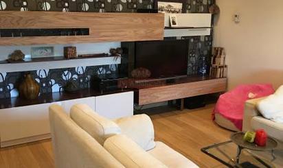 Casa adosada de alquiler en La Gineta