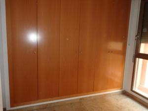 Alquiler Vivienda Piso finca 2008 plaza de garaje y trastero. ven a verlo***********