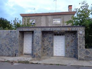 Casa adosada en Venta en Calicanto-godelleta / Godelleta