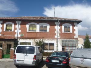 Casa adosada en Venta en Juan de Vallejo / Zona Sur