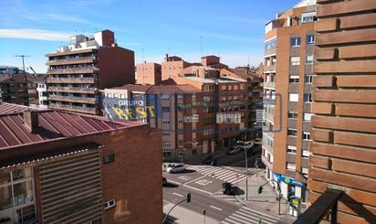 Zwischenetagen zum verkauf mit Terrasse in León Capital