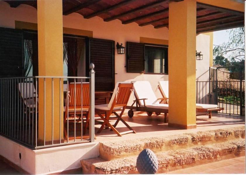 House  Valle de ayora - cortes de pallás. Casa rural en la aldea de viñuelas , perteneciente a  cortes de