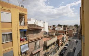 Piso en Venta en Calle Pardines, 75 / Foios