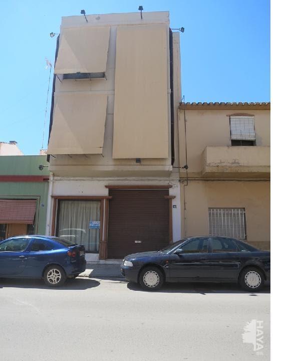 Local Comercial  Avenida ramón y cajal, 18. Edificio consta de planta baja con sala diáfana y aseo , planta