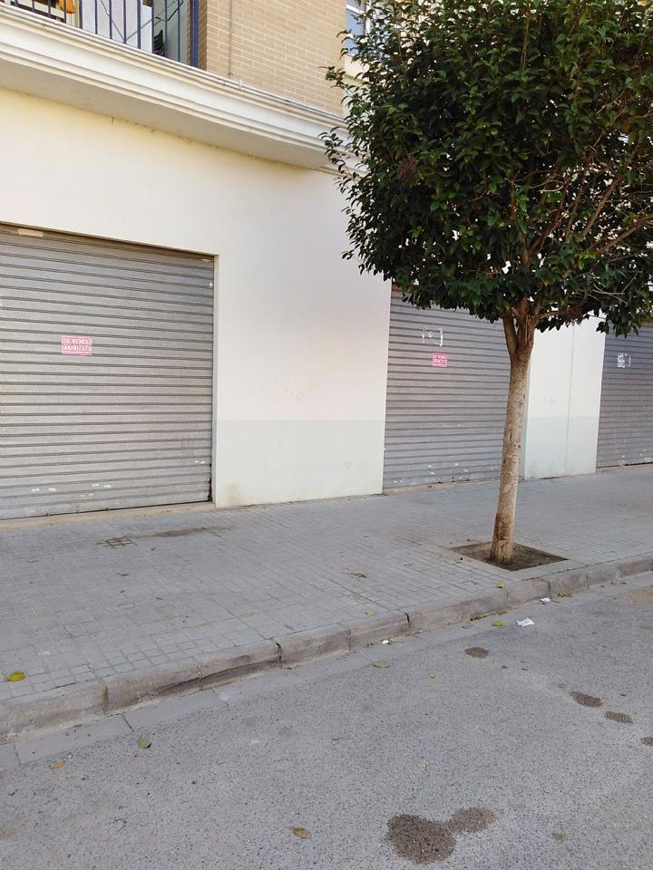 Local Comercial  Calle de la costera, 1. Local comercial en bruto situado en silla (valencia), apto para