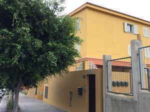 Casa adosada en Venta en Hoya del Enamorado, 129 / Ciudad Alta