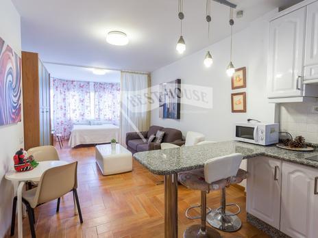 Estudios de alquiler con ascensor en Las Palmas Provincia