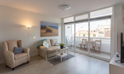 Apartamentos de alquiler con piscina en España