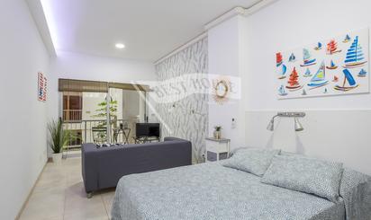 Estudios de alquiler en Playa Las Canteras, Las Palmas