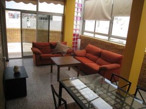 Dúplex en Alquiler en Piso Dúplex. 2 Dormitorios. Alcaravaneras. Terraza. 5 0  Metros. / Vegueta - Cono Sur - Tafira