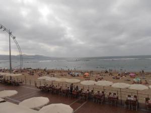 Piso en Alquiler en Primera Línea de Playa de las Canteras. 4 Hab y 2 Baños. Amueblado. / Isleta - Puerto - Guanarteme
