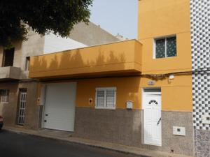 Venta Vivienda Casa-Chalet ingenio-la montañeta. casa terrera de 2 dormitorios, baño, garaje.