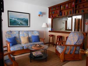 Piso en Alquiler en La Garita - Telde. 2  Dormitorios. Terraza. Piscina y Jardín Comunitario. / Telde