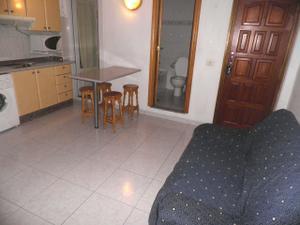 Piso en Alquiler en Canteras. 2 Dormitorios. Exterior. Amueblado. Ascensor. / Isleta - Puerto - Guanarteme