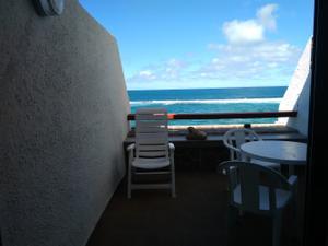 Piso en Alquiler en Canteras. Amueblado. 2 Dormitorios, 1 Baño. 1ª Linea de Playa. / Isleta - Puerto - Guanarteme