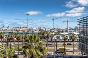 Ático en Venta en Canteras. 2 Dormitorios, 2 Baños, Aseo, Terraza. / Isleta - Puerto - Guanarteme